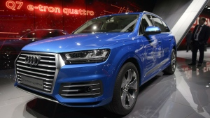 The New Audi Q7 e-tron quattro is on display , during the press day at the 85th Geneva International Motor Show in Geneva, Switzerland, Tuesday, March 3, 2015. (AP / Keystone, Martial Trezzini)