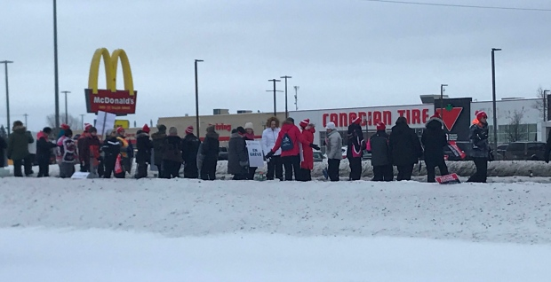 OSSTF education workers on Sudbury picket line