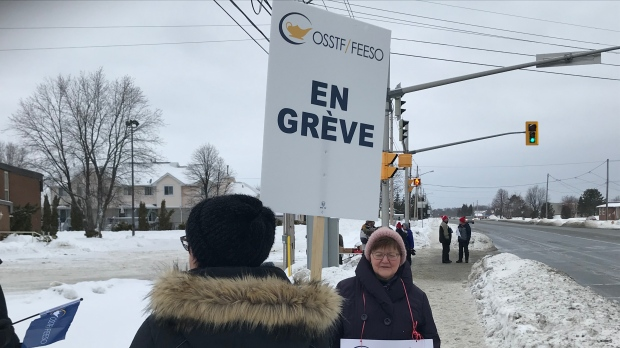 Education workers picket on Lasalle Blvd.